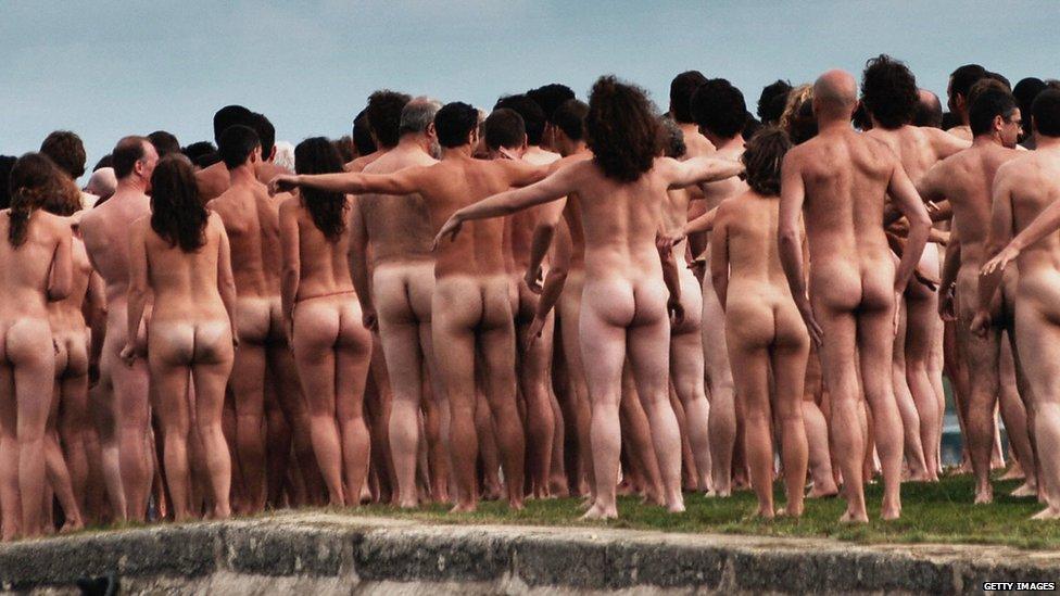 Pans people nude