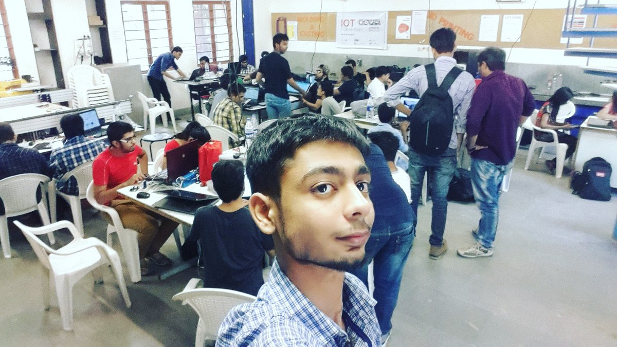 #GenuinoDay #FablabCEPT #AEFest #Fabathon #IoT #GenuinoDayAhmedabad https://t.co/FPDawcsvKr