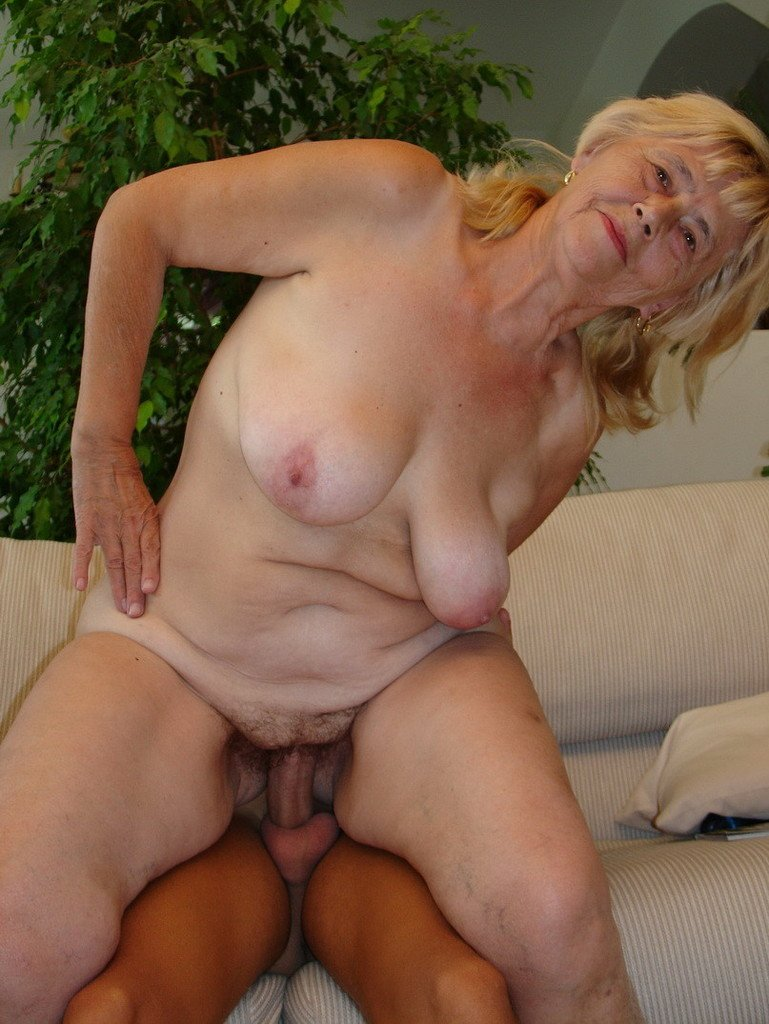 Horny mature granny naked