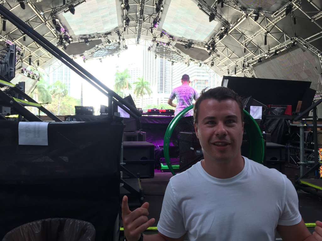 About to hit the decks at #ASOTMIA at #Ultra2016! Tune in here: https://t.co/tEOaU2Obf2 - RT if you're ready!! https://t.co/S9d07R5L6h