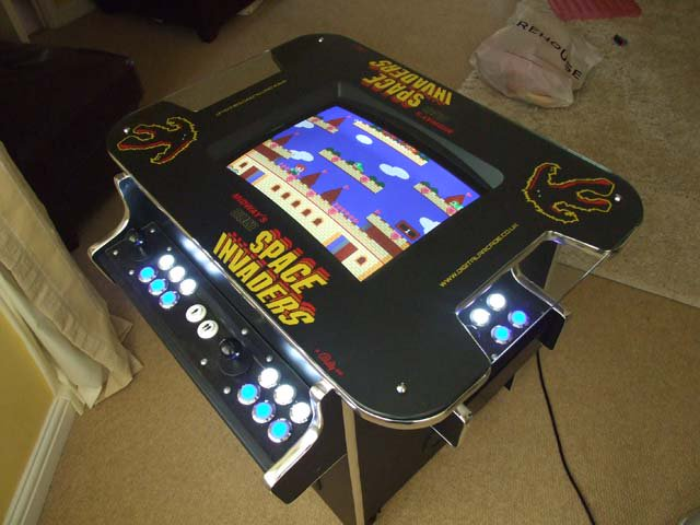 This is a MAME cabinet I made a few years back - post a pic of yours! #retrogaming https://t.co/EraNkH56Mm