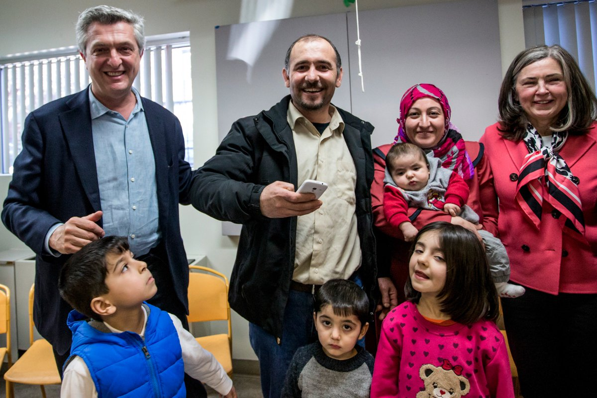 .@RefugeesChief hears how Syrian #refugees are adjusting to a new life in Canada. Read now: https://t.co/19qsASe8TP https://t.co/LhVnj3Iyuw