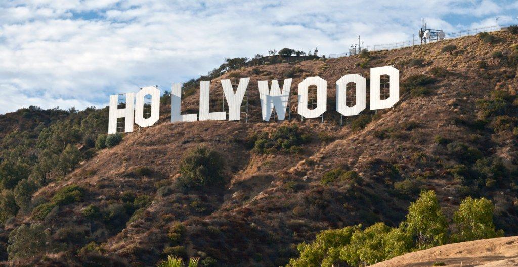 Полиция закрыла часть парка после обнаружения черепа у знака Hollywood
