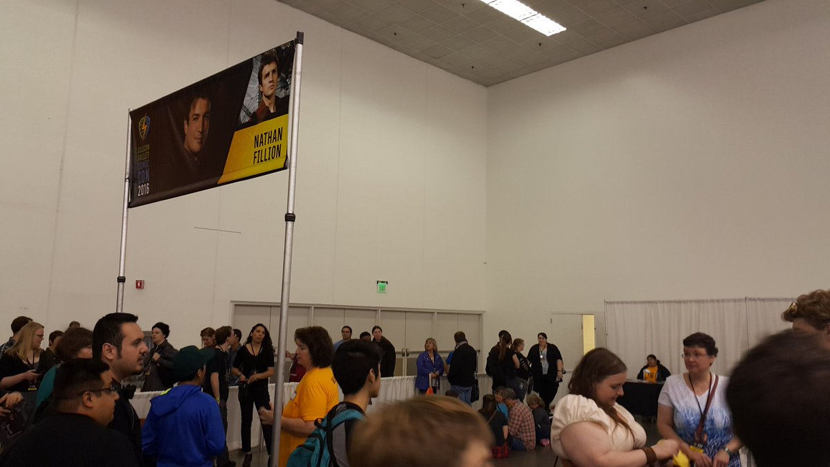Just to add I just noticed queue for @Alan_Tudyk is currently longer than @NathanFillion @ConManSeries @SVComicCon https://t.co/8GPW2QFo1g