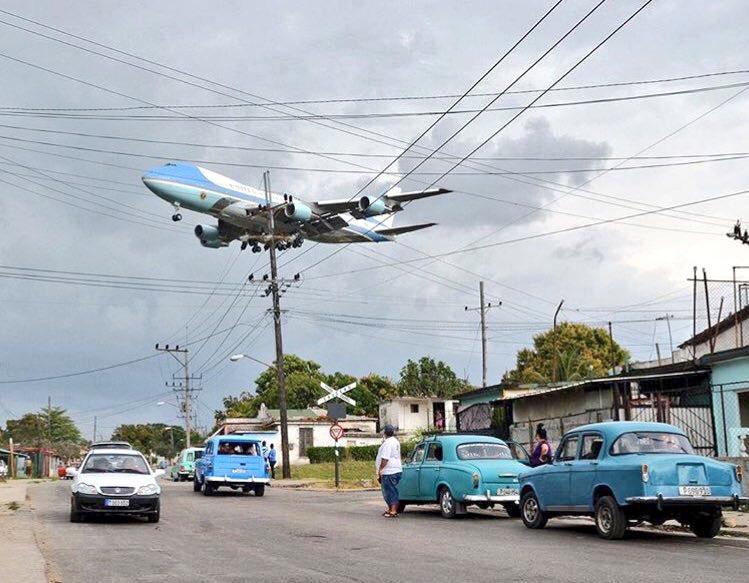 Wow, that is *some* iconic photo of @POTUS arriving in Cuba. https://t.co/rdeJw7UW6N https://t.co/9ijZvVj6Lr