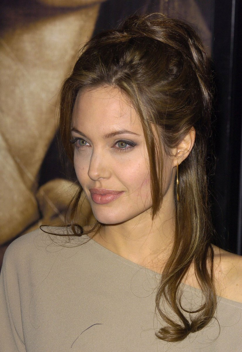 Best Of Angelina On Twitter Angelina Jolie At The Taking Lives