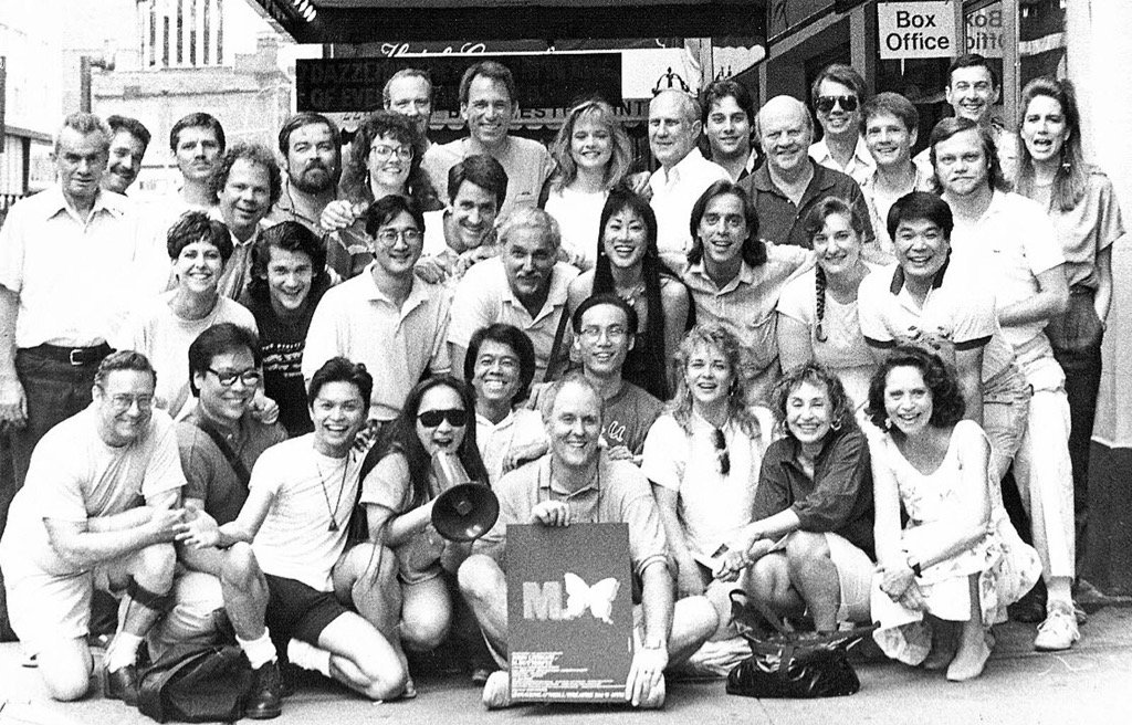 A photo to commemorate the  anniversary of M BUTTERFLY's opening on Broadway, 28 years ago tonight. https://t.co/zv80MZqyjD