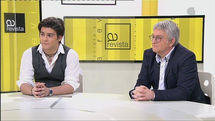 el candidato Miguel Caride y su hijo