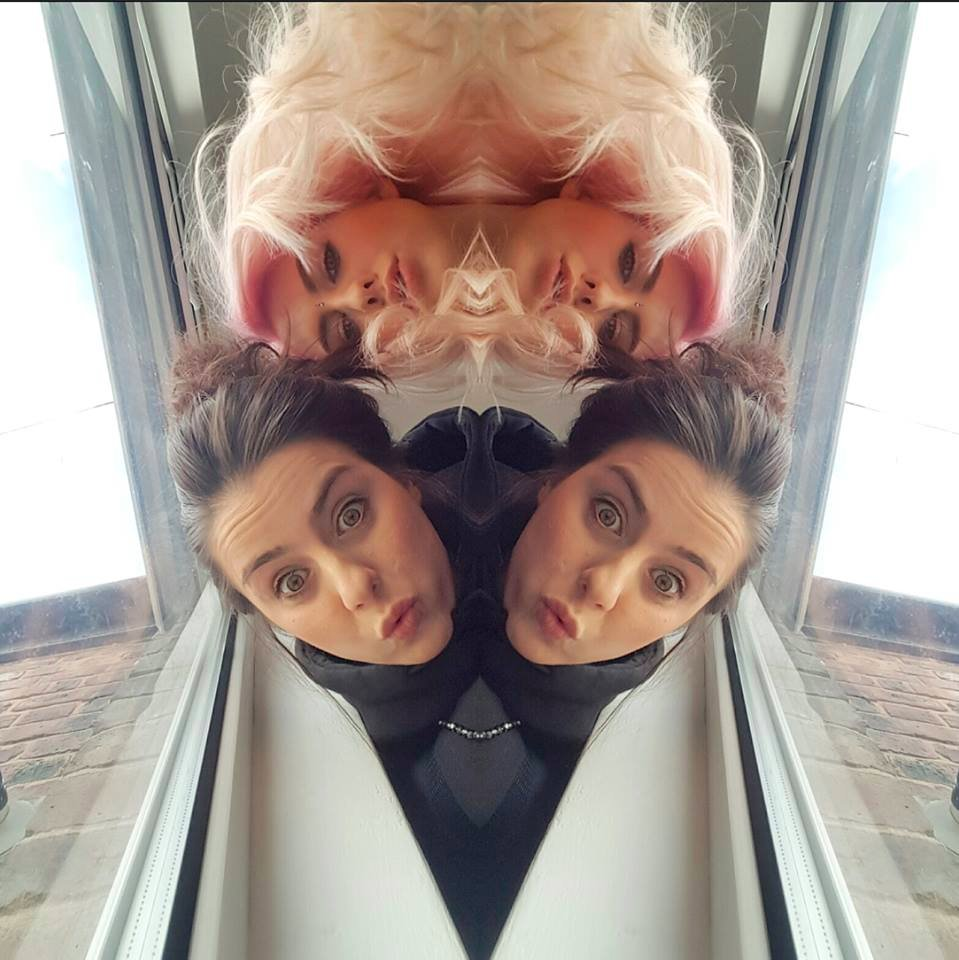 Two of me, Two of she… @BeckA_G x https://t.co/q3ocq1PzhG