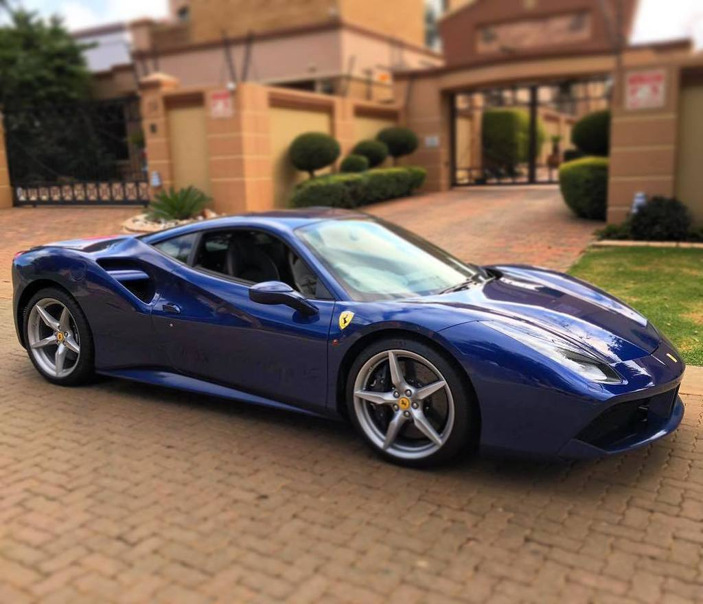 Ferrari Portofino Blue: Ordering A New 488 GTB Or Spider??