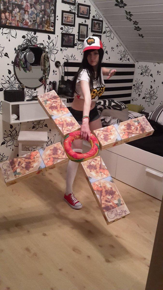 Katy On Twitter Pizza Delivery Sivir Fanart Skin