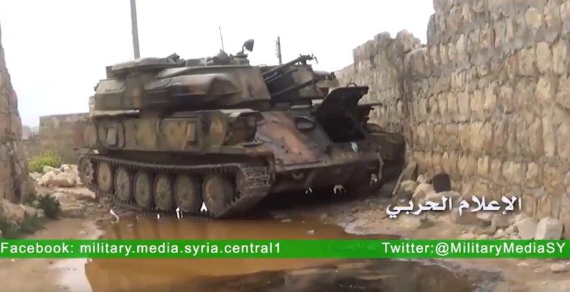 Guerra civil en Siria - Página 2 CeGPKqDUYAAW87X