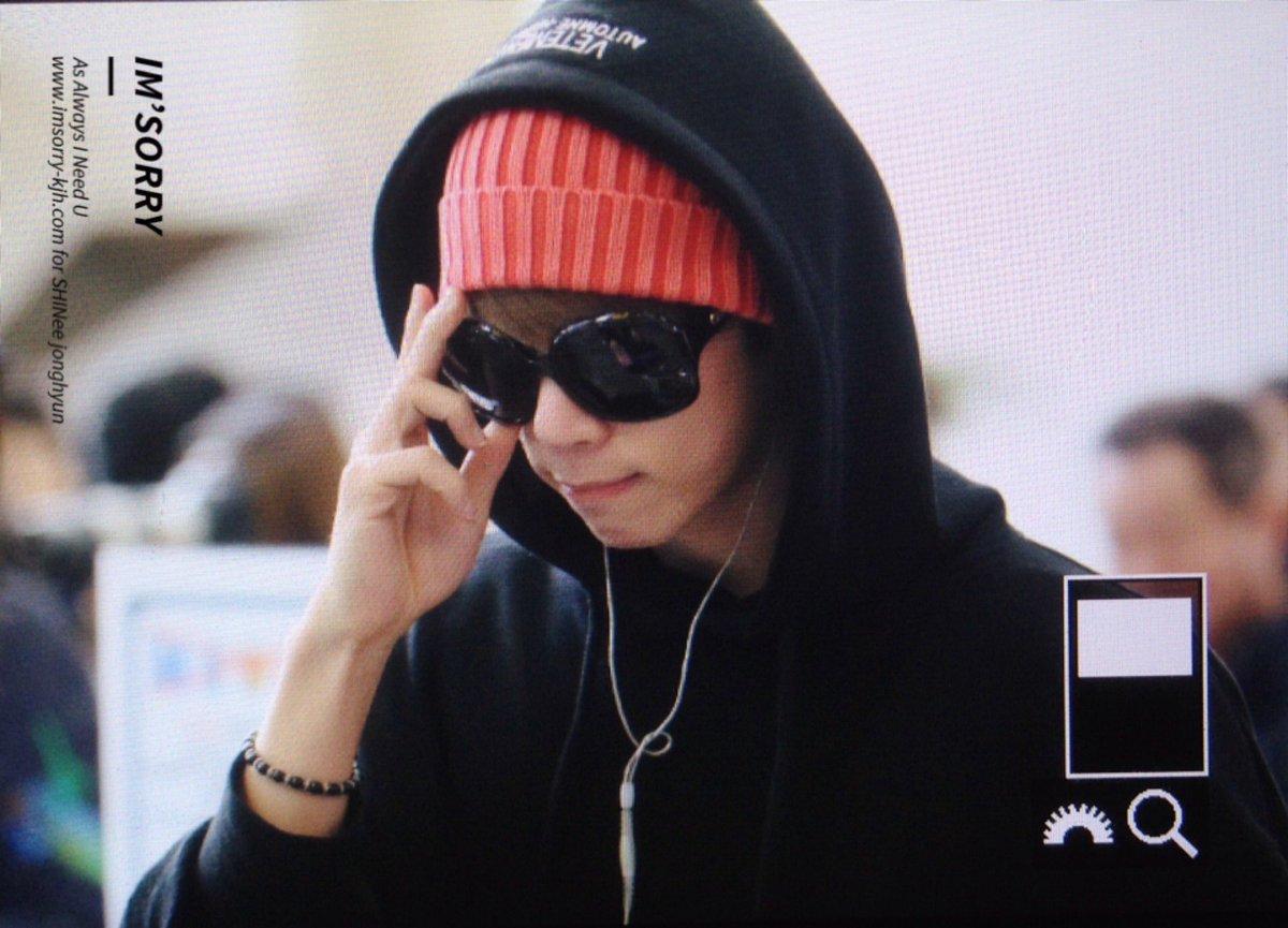 160322 Jonghyun @ Aeropuerto Gimpo {Rumbo a Japón} CeHDdDGUUAE5eMT
