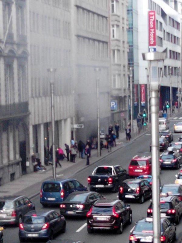Explozie la o statie de metrou din Bruxelles