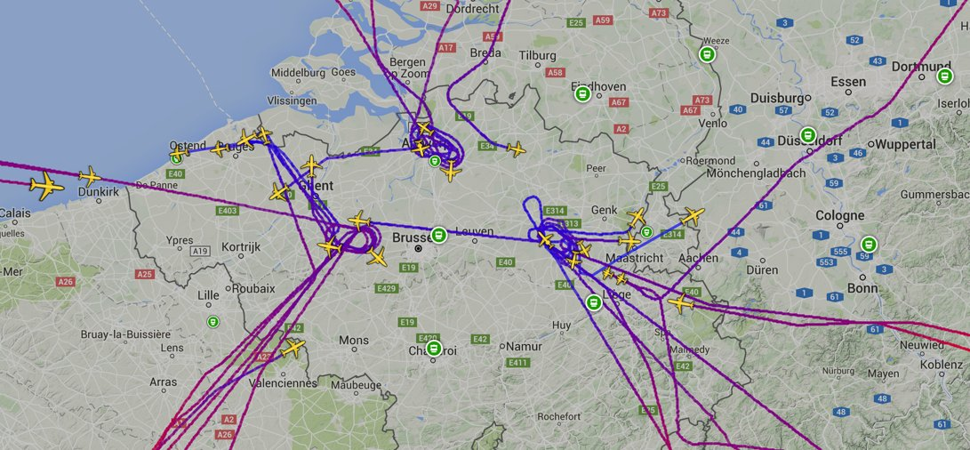 All Brussels inbound flights appear to be making diversions now. https://t.co/KnzHs4AMCE