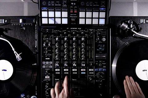 Rekordbox 4.1 con controllo DVS di Rekordbox DJ di Pioneer DJ