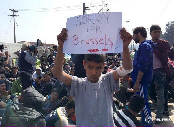 Una imagen vale más que mil palabras #JeSuisBruxelles https://t.co/oOWcnvfJbZ