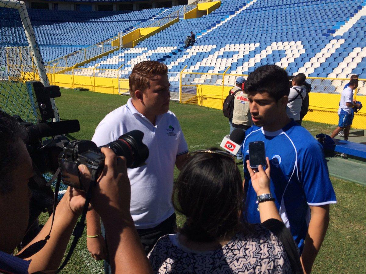 Rusia 2018: La seleccion se prerapara para el juego contra Honduras en San Salvador. CeKh6yXUIAADr5y
