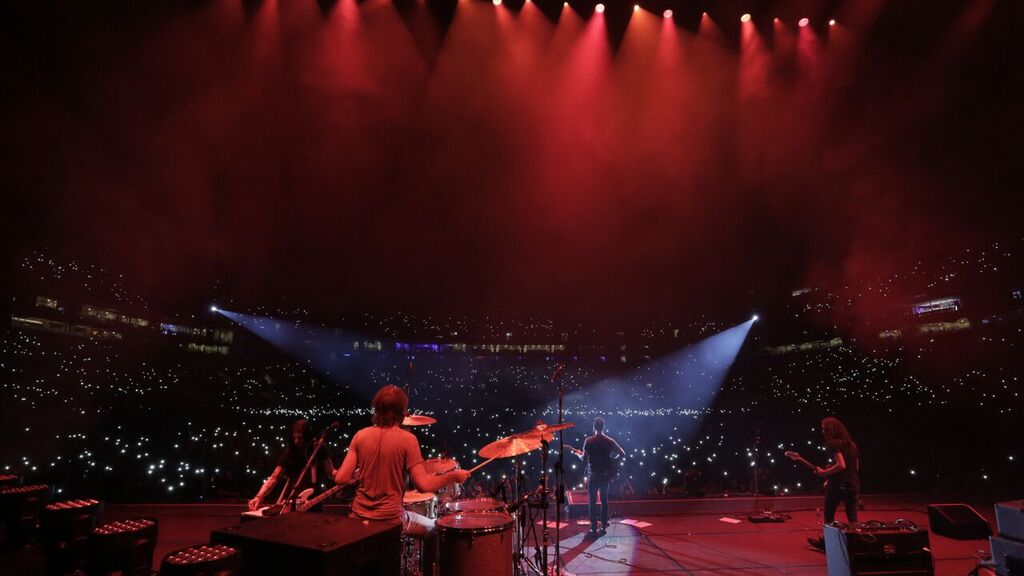 South America, we will be back soon. Thank you @maroon5 and all who came out to the shows for treating us so well. https://t.co/s8AZee33d0