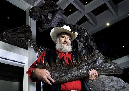 Today in Science History: Robert Bakker, first to prove dinosaurs were warm blooded, was born in 1945. https://t.co/OLxG3uMdki