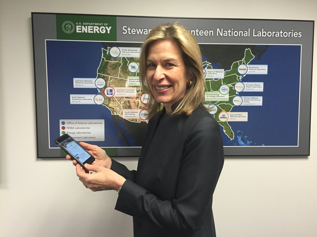 Looking forward to your questions!  #AskEnergy https://t.co/oCRYAKrztX