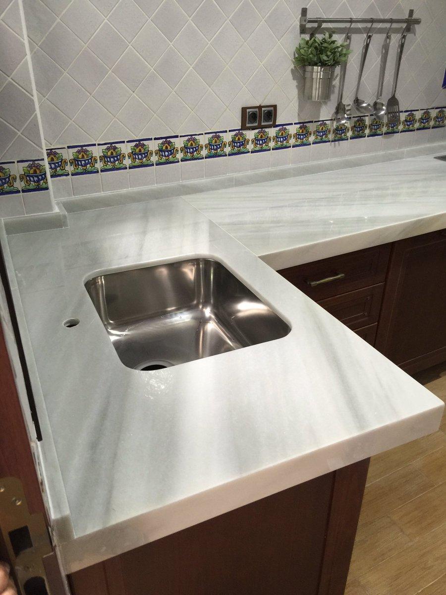 encimera mrmol blanco macael con fregadero bajo encimera y canto de with lavabos de marmol para bao