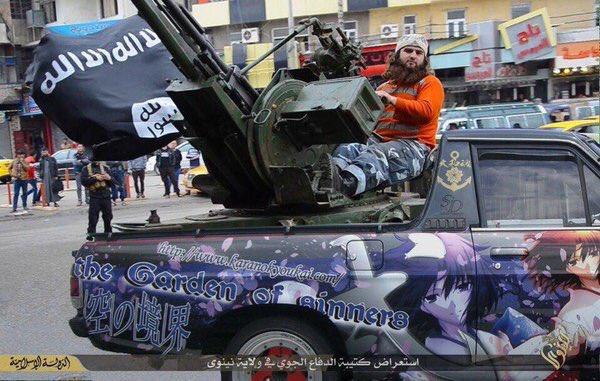 日本で盗まれた痛車が、海を渡り、戦車として活躍していた件..