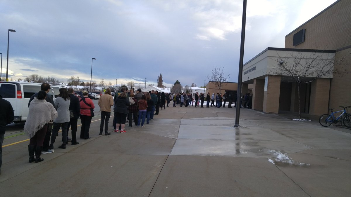 Six lines deep to the back of the school + outside. #UtahCaucus #FeelTheBern https://t.co/WmCMXxtfGj