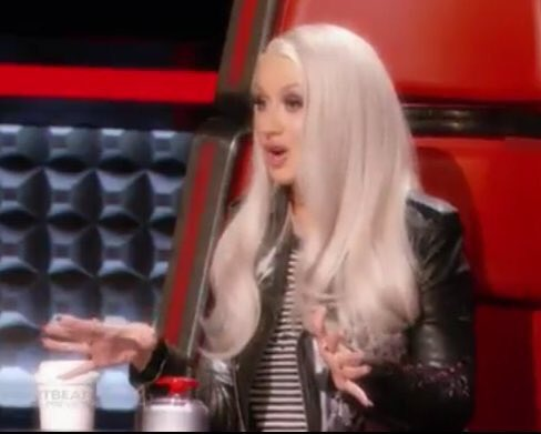Xtina @ 'The Voice' [VII] >> Blind Auditions - Página 33 CeMcg9FXEAUscNG