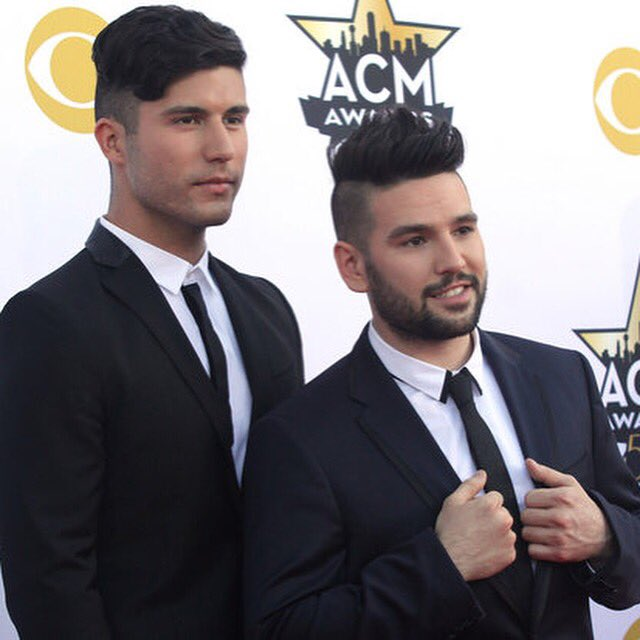 Dan and shay gay