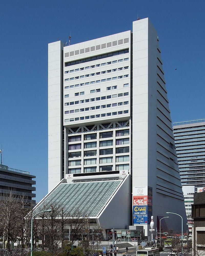 中野サンプラザ、1万人収容のアリーナ施設へ 2025年完成を目標 - BIGLOBEニュース news.biglobe.ne.jp/domestic/0323/… pic.twitter.com/DcXG3thvQL