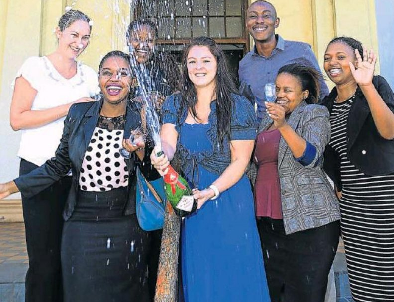 Fort Hare comes out tops in SA after 1st accounting board #exam, with a 92% pass rate  https://t.co/rKWKuiIalr #UFH https://t.co/XeLOH8cN6G