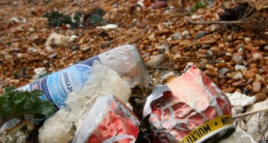 Conservationists find 160 plastic bottles for every mile of UK coastline cleaned in 2015 https://t.co/DHJbnxrski https://t.co/dkHUA7zeg8