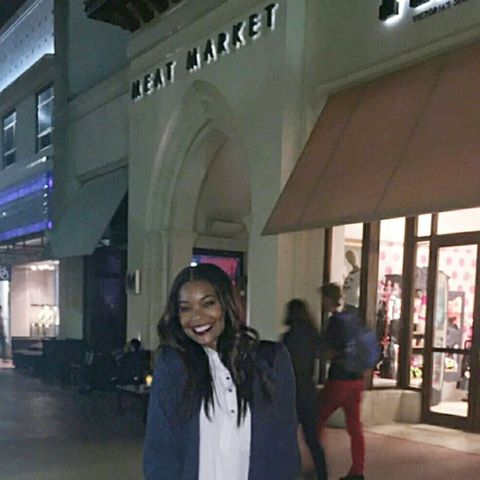 Gabrielle Union all smiles after dinner at Meat Market and the #MiamiHeat win last night cc @itsgabrielleu #GabUnion https://t.co/OC525cW7Ua