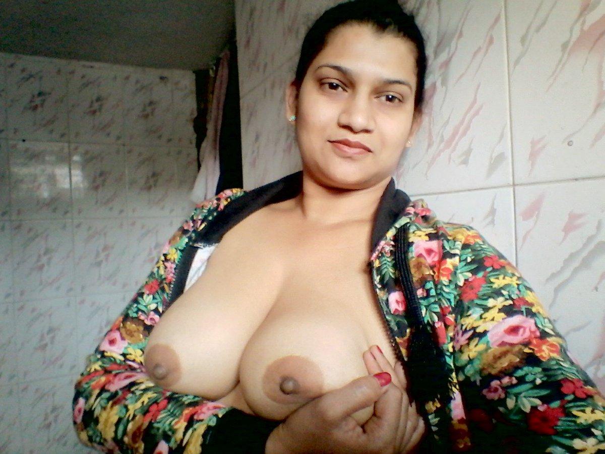 Nude Selfie 4188