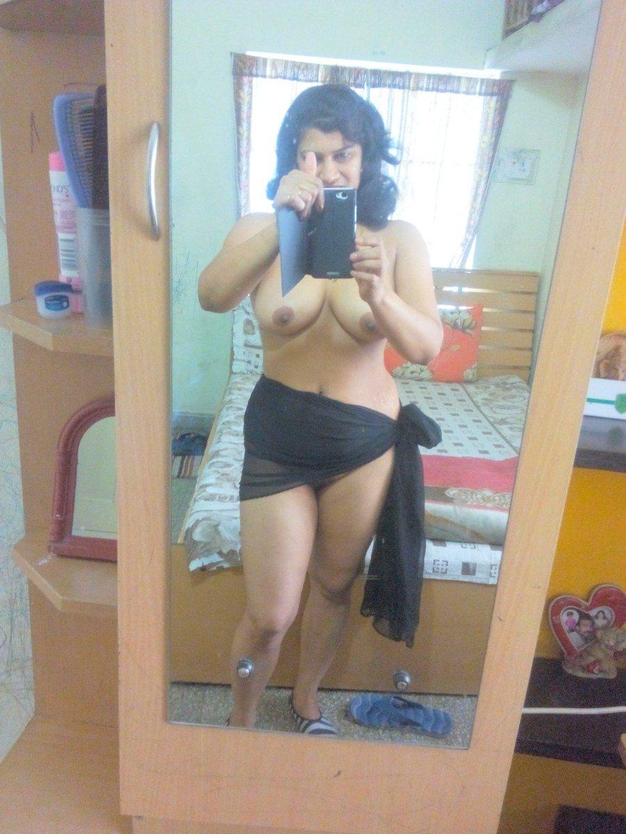 Nude Selfie 4199