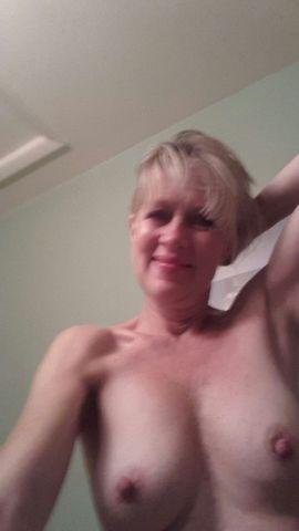 Nude Selfie 4218