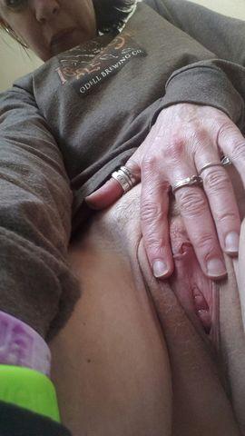 Nude Selfie 4221