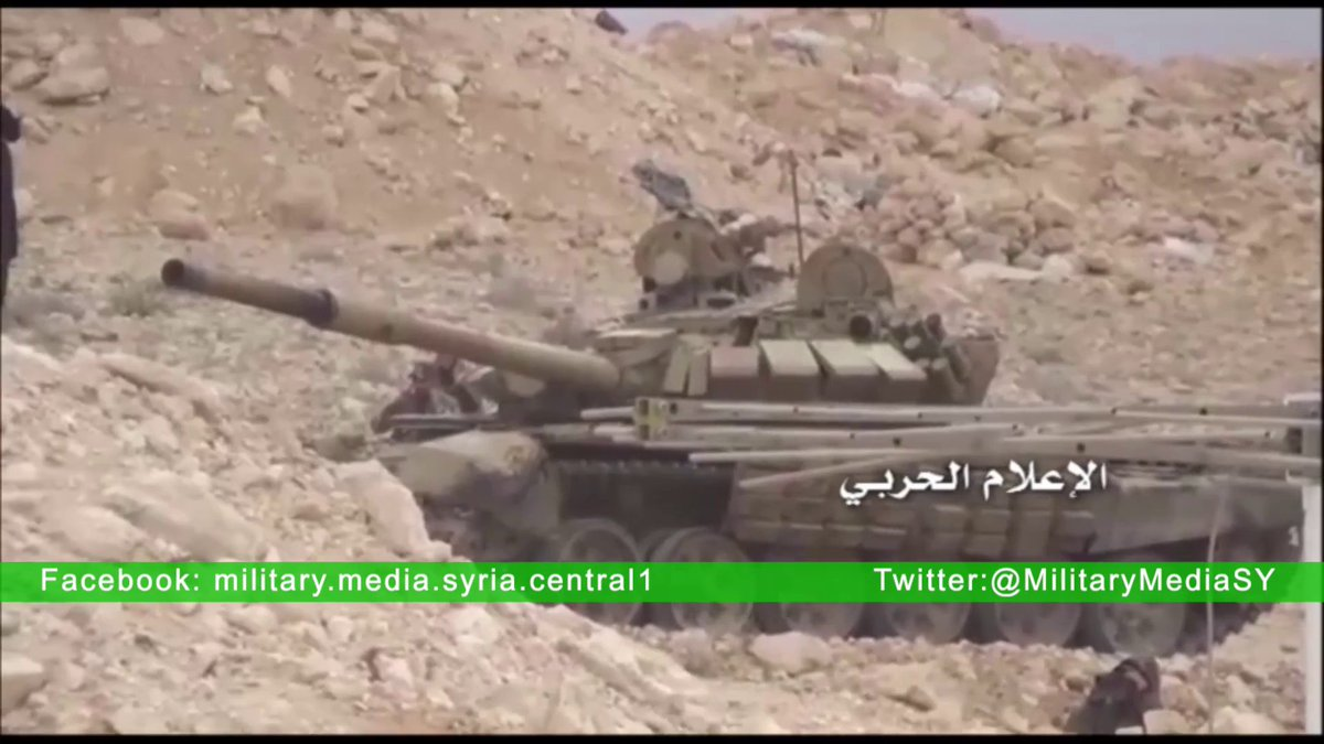 الجيش السوري يبدأ رسميا باستخدام دبابات T-72B  CePOBwVWIAAkrju