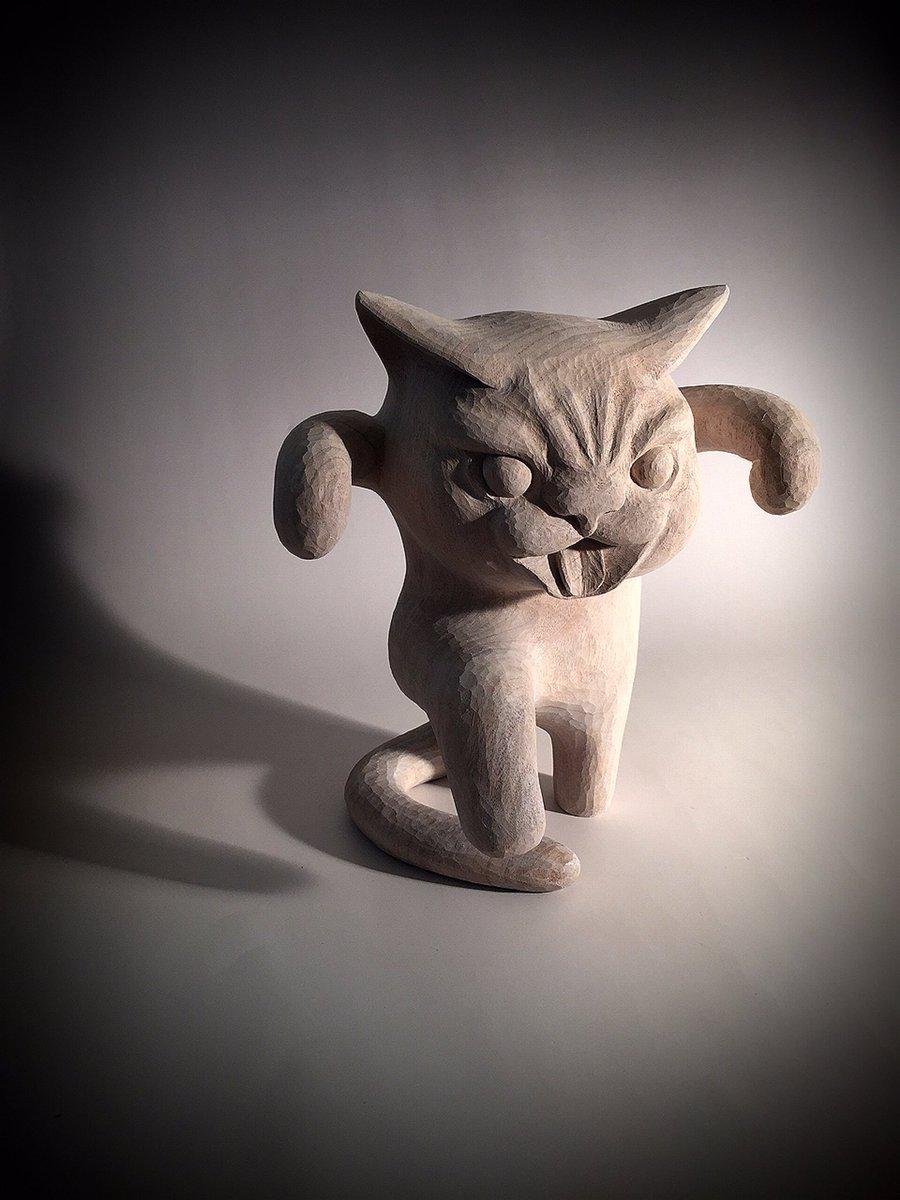 ルルベル→lulubelltoys.com より「鶴のポーズをする猫」がソフビ化されて世界に向けて販売されますので買ってください。現在ルルベルさんの工房でシリコン型を制作中です。 pic.twitter.com/RedAmkZ1BD