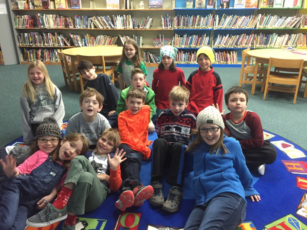 @thomal1rchk we are Mrs. Robinson's second graders https://t.co/X4Y4dOOTHC