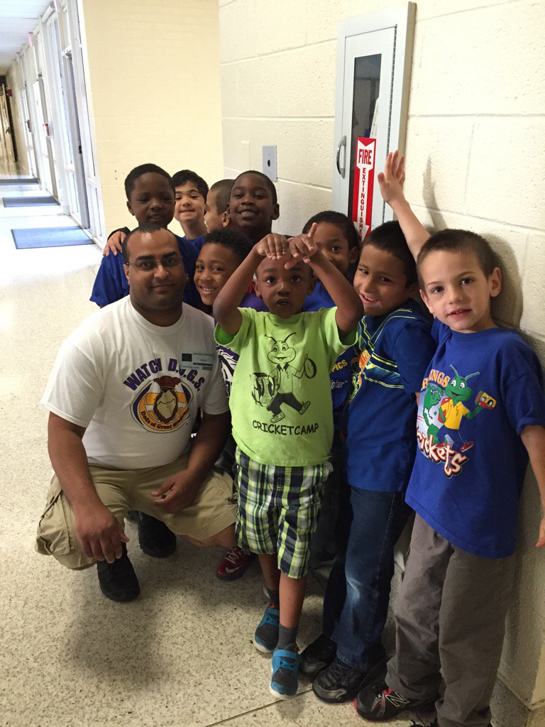 Thanks for volunteering @NSECrickets @NCF4Dads https://t.co/jkEohtgZpF