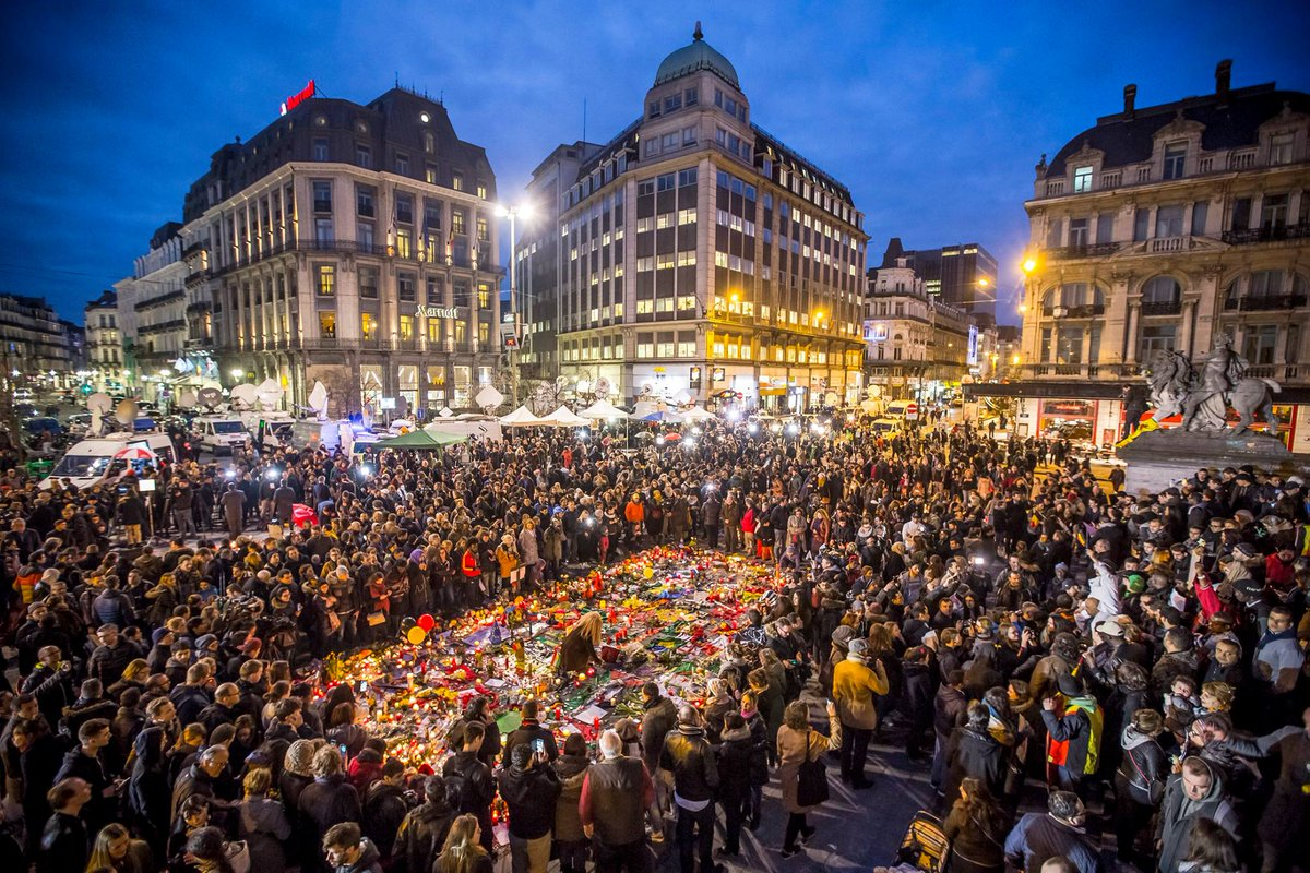 The best thing about #Brussels is definitely its people! RT @edanhier #Belgium #Belgie #belgique #Bruxelles #Brussel https://t.co/htXqRix951