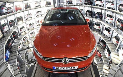 Richiamo Auto Volkswagen: 800mila Touareg e Porsche Cayennne tornano in autofficine autorizzate e concessionari