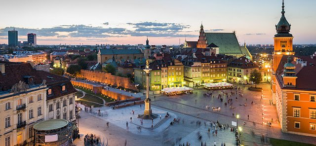 Polonia: Visitare Varsavia, la fenice protetta da una Sirenetta