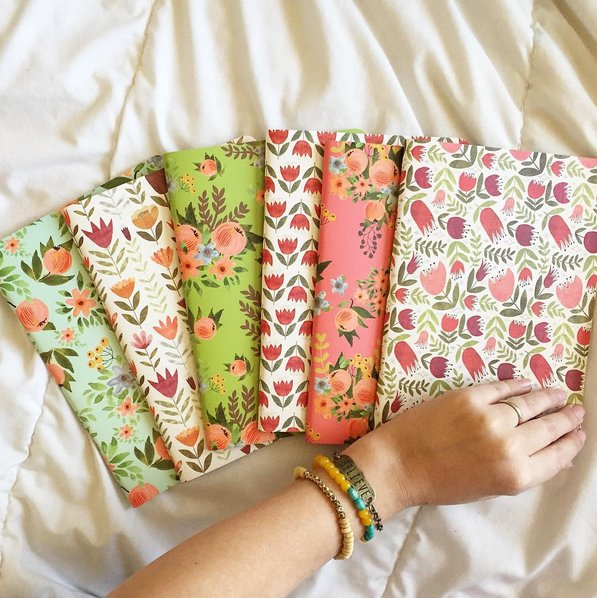 18 undeniable things all journal hoarders know to be true https://t.co/RvVc779NtG https://t.co/tdiIoyvcsM