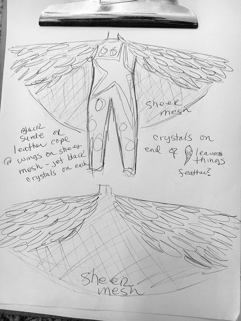Стардаст разрабатывает костюм для WrestleMania