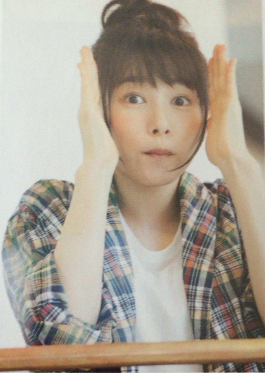 二枚目の日奈子ちゃんが一瞬新垣結衣さんに似ていると思ったのは私だけでしょうか。 桜井日奈子 可愛いと思ったらRTpic.twitter.com/UxxYuSHHui
