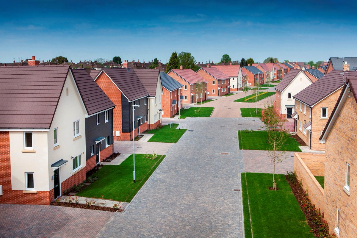 Rus Roof Tiles On Twitter Russ Supplied 350 000 Grampian To Cover 346 Service Family Homes In Staffordshire Casestudy Lovell Uk