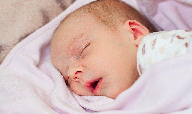 Bambini e sonno: dormire a sufficienza li rende rende migliori